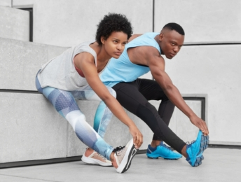 stretching-exercises-near-stairs-wear-comfortable-sneakers-musc